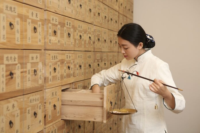 Comment se former à la médecine chinoise